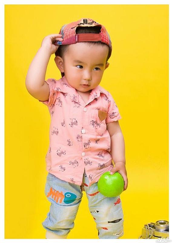 小苹果三岁
