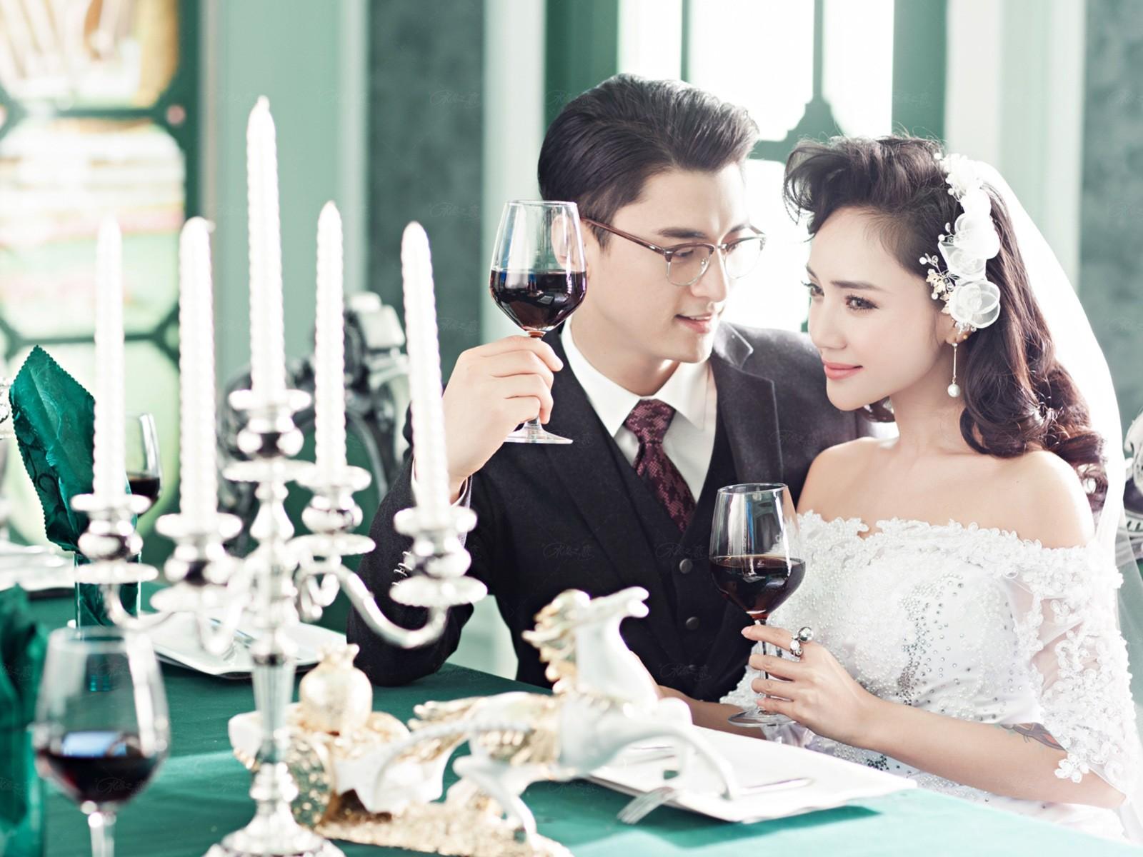 北京婚纱摄影—怎样拍出时尚欧式婚纱照片